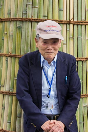 Mr. Paul Shizuya Satoh, at age 84 still active as a tour guide in Kansai!